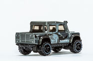 15 Land Rover Defender Double Cab (2)