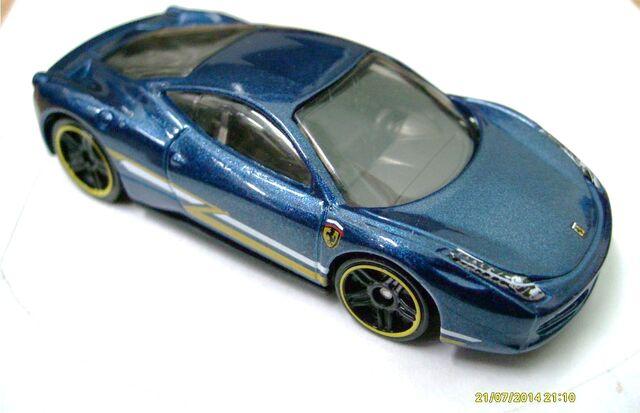 File:458 italia blue.JPG