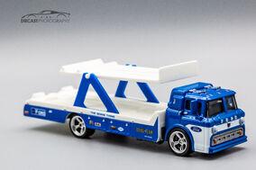 FYT15 - Car Culture Team Transport Ford C-800-1