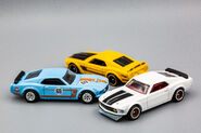 69 Mustang Boss 302 in Triplicate-1
