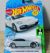 2019 Hot Wheels Porsche Panamera Turbo S
