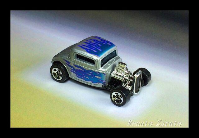 File:'32 Ford 1998 Street Rods 4 Pack 1998.JPG