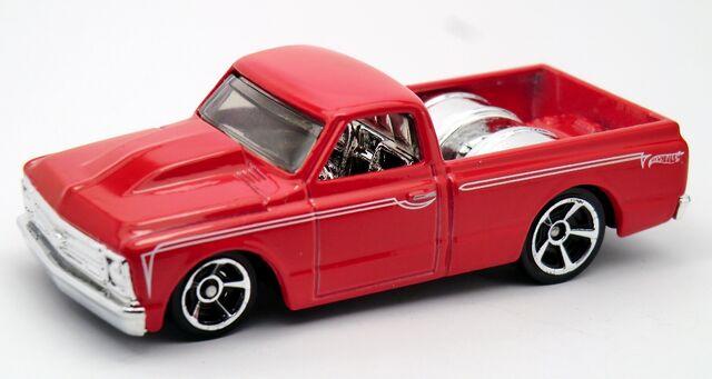File:'67 Chevy C10-2013 170.jpg