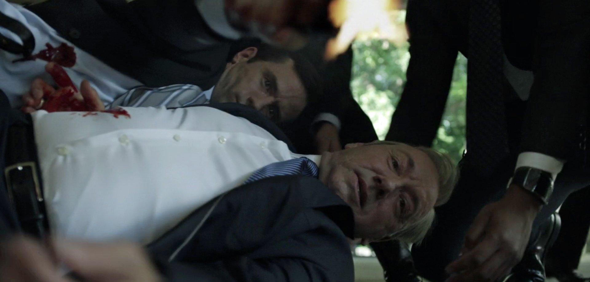 Claire Underwood Style Season 2 Attempted assassinatio...