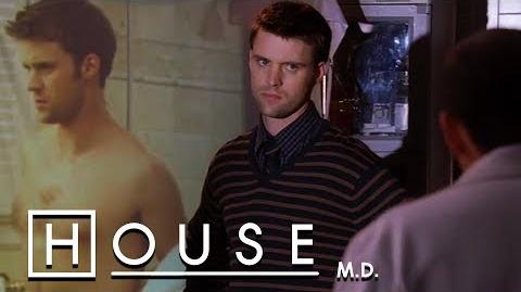 Chase Nudes Go Viral - House M.D.