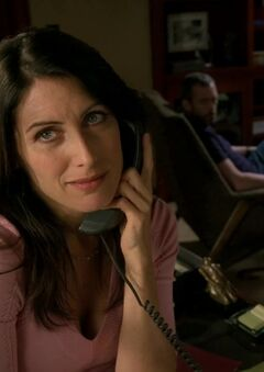 Lisa-Cuddy-in-House-6-21-Baggage-lisa-edelstein-12099536-1280-720