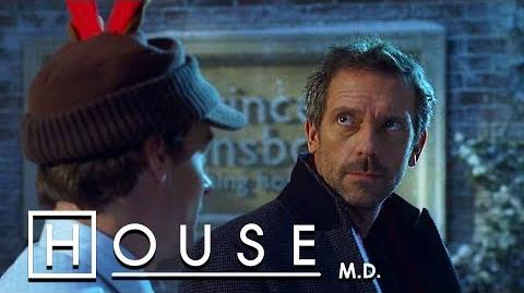House Performs A Christmas Miracle - House M.D.