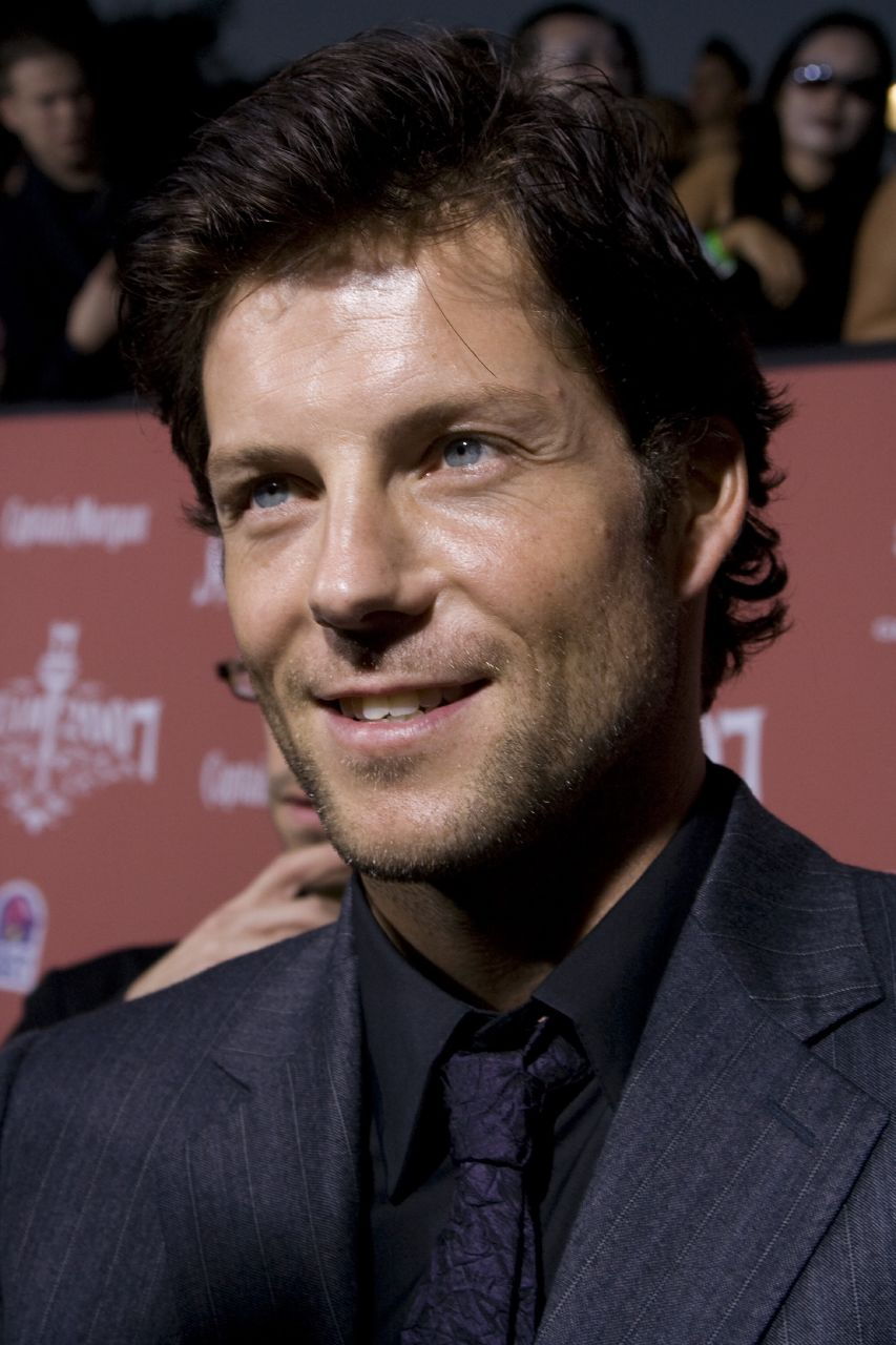 Jamie Bamber (born 1973 (dual British and American citizen)