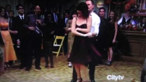 HIMYM Barney and Robin Dance