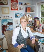 CRESSIDA COWELL writing shed