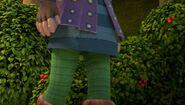 TH - Leyla walking past a berry bush