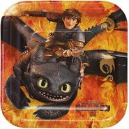 How to Train Your Dragon 9 Square Plates, 8 Count, Party Supplies2