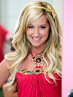 File:Sharpay-Evans-ashley-tisdale-21405879-240-320.jpg