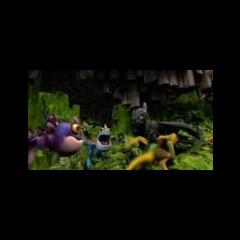 <i><b>Острокогти играют с Беззубиком.</b></i>