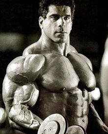 Lou-ferrigno-training-1-