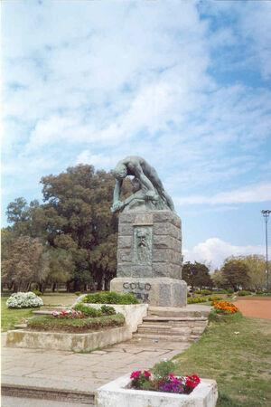 Leandro Alem estatua