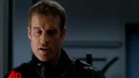 Mark Valley - Human Target Interview