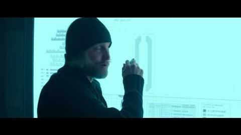 HUNGER GAMES LA RÉVOLTE PARTIE 1 Extrait Haymitch VF
