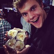 Jack-quaid-and-sushi-gallery