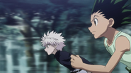 Gon and Killua running