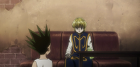 Gon chats with Kurapika