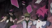 Los miembros del Genei Ryodan se tapan los oidos
