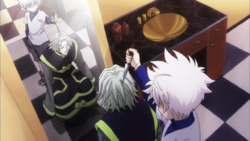 Sadaso threatened by Killua 2011