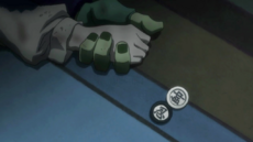 148 - Meruem and Komugi holding hands