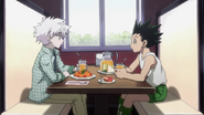 Gon and Killua discuss their tactics