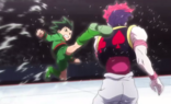 Hisoka bloquea la patada de Gon