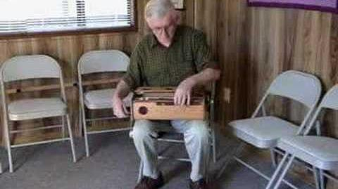 Cemoi de May - Played on a Hurdy-Gurdy