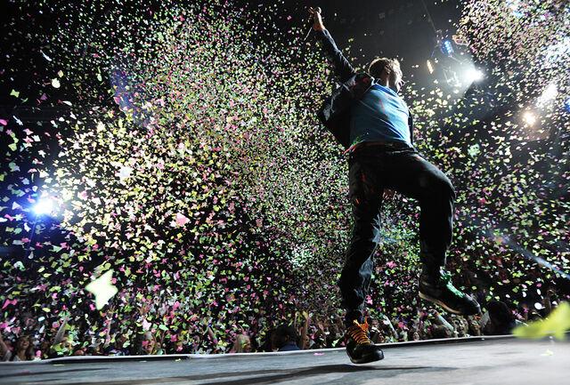 File:Coldplay1RB.jpg