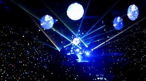 Coldplay - Hurts Like Heaven (@ Rogers Arena, Vancouver April 20th, 2012)