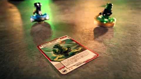 Lloyd vs Slithraa - LEGO Ninjago - Spinners Wave 4