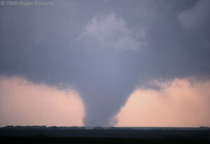 Stockton KS Tornado 3.jpg