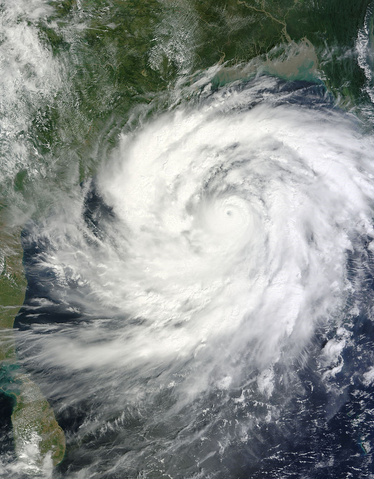 File:Cyclone Phailin 11 October 2013.png