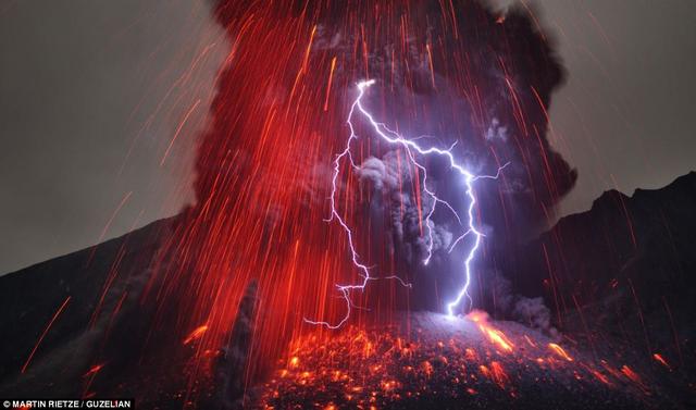 File:Vesuvius eruption 2029.png