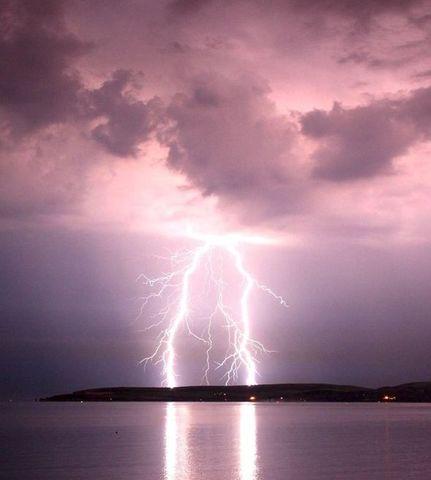 File:Severe thunderstorm.jpg