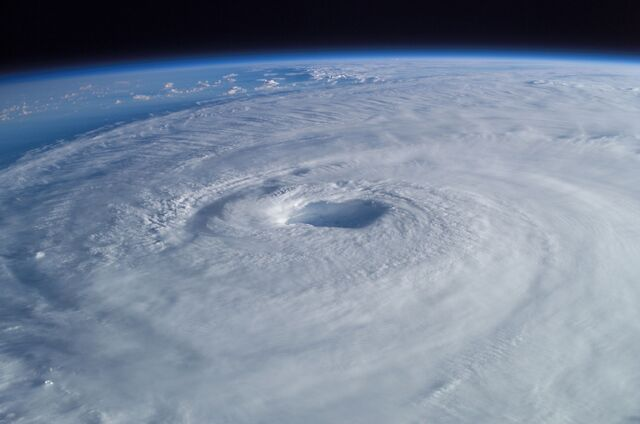 File:Hurricane Isabel from ISS.jpg
