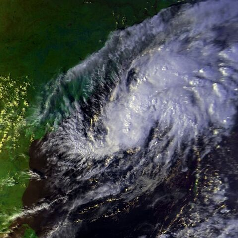 File:Tropical Cyclone 02B 26 oct 2000 0922Z.jpg