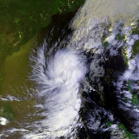 File:Tropical Depression 29 mar 2000 0824Z.jpg
