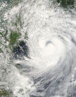Typhoon Prapiroon 03 aug 2006 0330Z.jpg