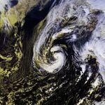 Hurricane Olga 27 nov 2001 1714Z.jpg