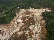 Landslide in the southern highlands of PNG, 2012. Photo- AusAID (10707702415)