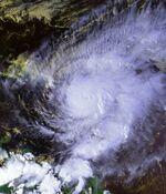 Hurricane Lenny 17 nov 1999 2004Z.jpg