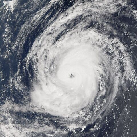 File:Typhoon Saola 2005.jpg