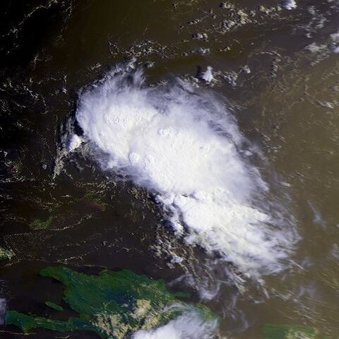 File:Tropical Depression Two 25 july 1992 1249Z.jpg