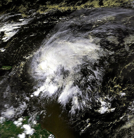File:Hurricane Klaus 05 oct 1990 1738Z.jpg