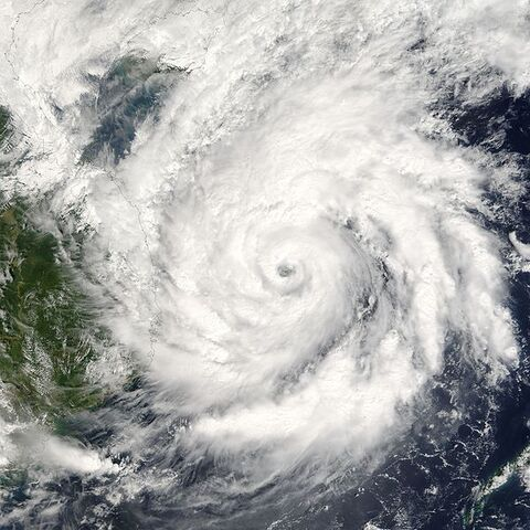 File:Typhoon Kai-Tak 2005.jpg