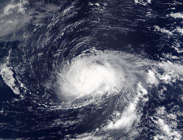 File:Hurricane Kyle 27 sept 2002 1445Z.jpg